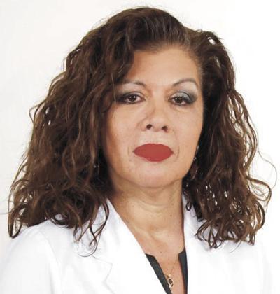 <span> Jefa de Nefrología, Diálisis y Trasplante del Hospital Barros Luco Trudeau, CHILE</span>