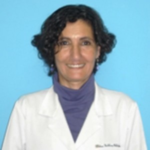 Dra. Cristina Catsicaris